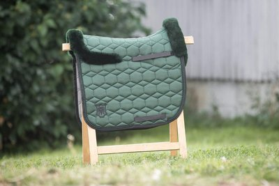 Square Dressage pad Racing Green with wool Mattes